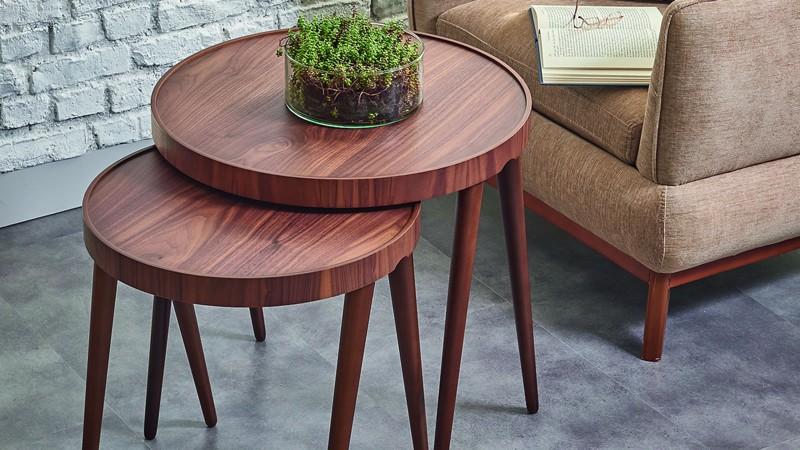 ADEL SIDE TABLE (WALNUT)